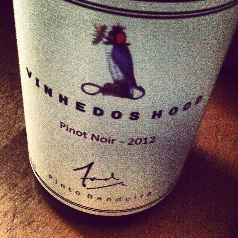 vinhedoshood-pinotnoir