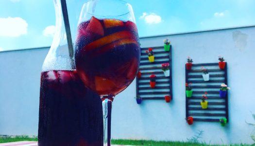 Receita de Sangria, o drinque com vinho tinto